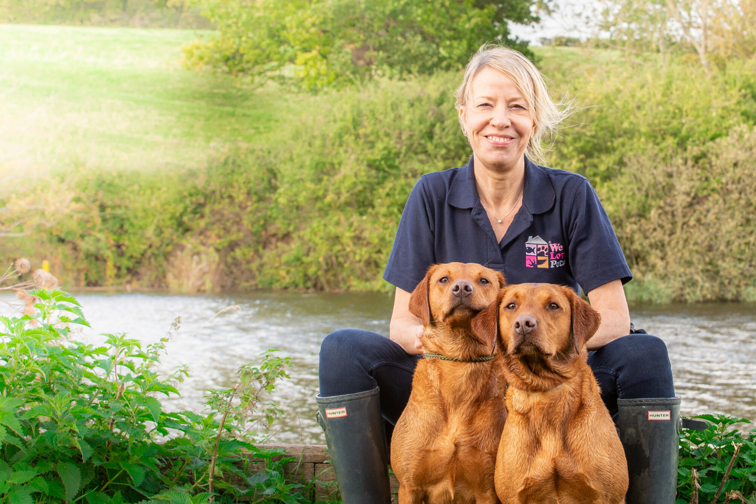 Professional and loving dog walking and pet sitting in Guildford
