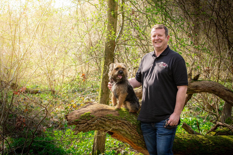 Dog walker and pet sitter in North Sheffield. Multi award winning We Love Pets.