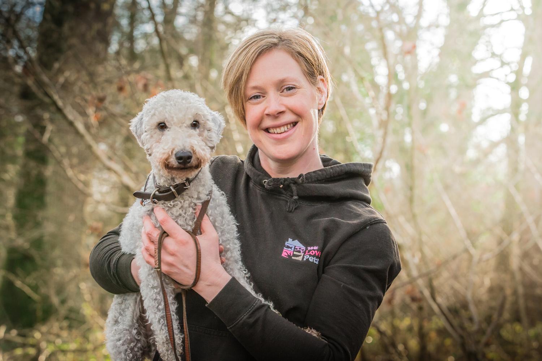Dog walker and pet sitter for Reading East. Multi award winning We Love Pets.